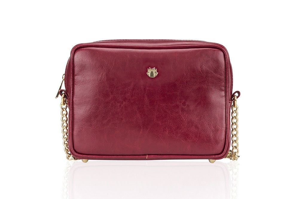 67aac109e8496 Genuine leather women s crossbody Florence burgundy Click to zoom ...